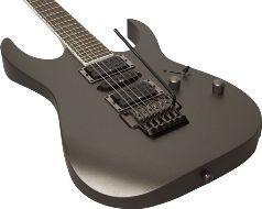 Отличие бас-гитары от электро-гитары