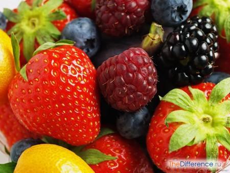 отличие фрукта от ягоды