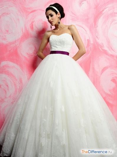 Платье бального типа