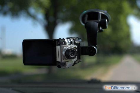 зачем нужен автомобильный видеорегистратор