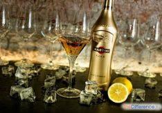 Как пить мартини?