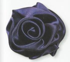 buket-13 Как сделать розу из атласной ленты?