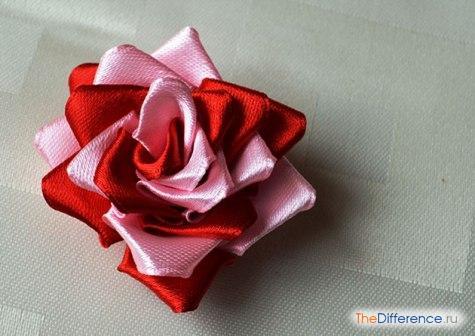 buket-22 Как сделать розу из атласной ленты?