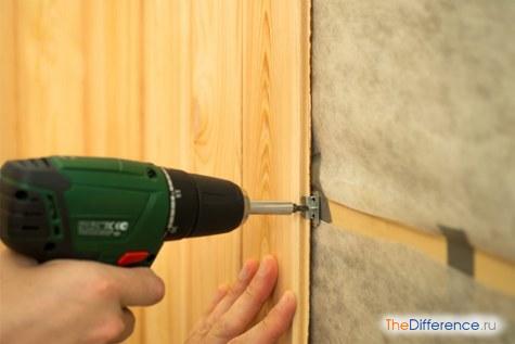 правильно крепить стеновые панели