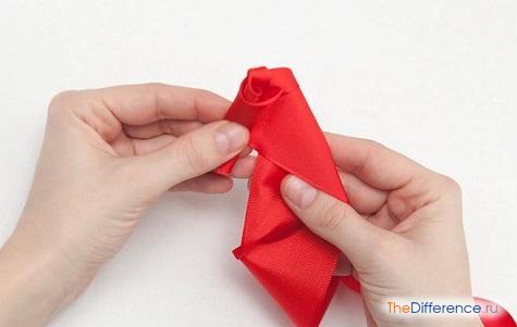 как сделать розу из ленты своими руками