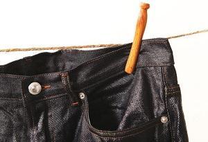 Как покрасить джинсы в черный цвет