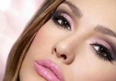 Как правильно красить карие глаза?