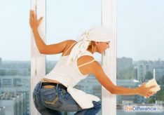 Как помыть окна на балконе?