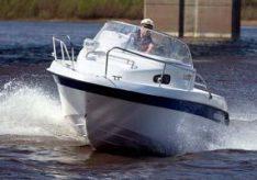 Разница между лодкой и катером
