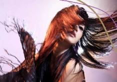 Разница между профессиональной краской для волос и обычной