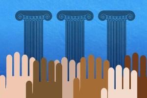 Чем отличается демократия от диктатуры