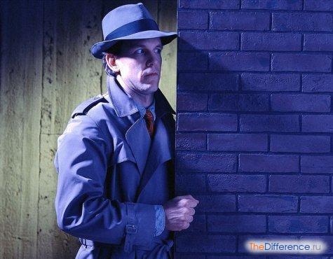 разница между разведчиком и шпионом