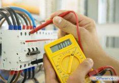 Разница между электриком и электромонтером