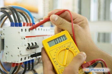 чем отличается электрик от электромонтера