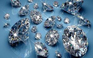 Разница между диамантом и бриллиантом